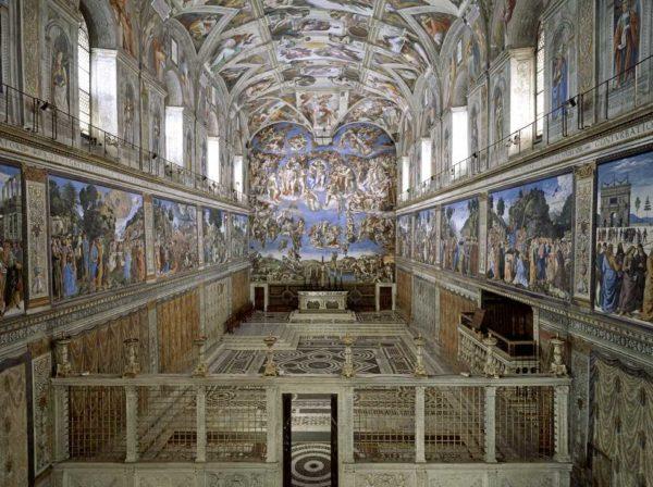 Capela Sixtină din Vatican, poza din interior.