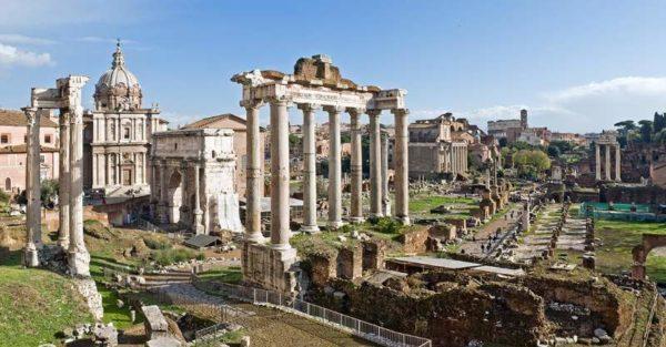Forumul Roman, o atracție turistică care trebuie vizitata in Roma neapărat